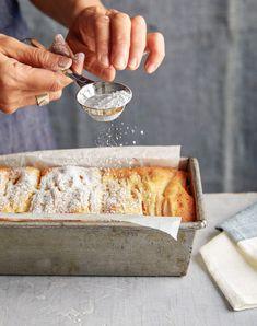 Joanne Chang's Apple-Vanilla Pound Cake Recipe Is Fall Perfection Vanilla Pound Cake Recipe, Pound Cake Recipes, Vanilla Cake, Mini Cakes, Cupcake Cakes, Bundt Cakes, Cupcakes, Joanne Chang, Flour Bakery