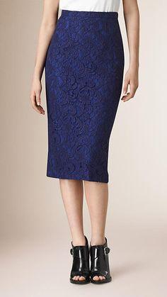 Azul regencia intenso Falda de tubo en encaje floral - Imagen 1 Encaje  Azul 23fde1c4c5a9