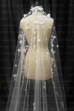 Wedding Veil, Wedding Dresses, Fashion, Moda, Bridal Dresses, Alon Livne Wedding Dresses, Fashion Styles, Weeding Dresses, Bridal Gown