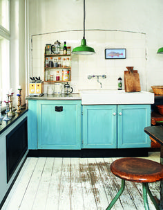 Bright Bazaar: Embracing Colour For Make-Your-Smile Style Book by Will Taylor Kitchen Time, Kitchen Dining, Kitchen Cabinets, Kitchen Ideas, Little Kitchen, Interior Exterior, Beautiful Interiors, Home Kitchens, Kitchen Remodel