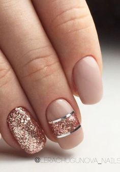 Peach nude nails with rose gold and silver accents. Peach nude nails with rose gold and silver Peach Nails, Rose Gold Nails, Sparkle Nails, Glitter Nails, Fun Nails, Gold Sparkle, Gold Glitter, Gel Pedicure, Pedicure Ideas