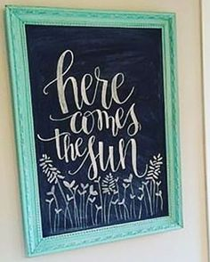 spring chalkboard art Here comes the sun chalkboard art Chalkboard Doodles, Chalkboard Art Quotes, Blackboard Art, Kitchen Chalkboard, Chalkboard Drawings, Chalkboard Lettering, Chalkboard Designs, Chalkboard Paint, Writing