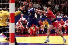 POL - ISL - 2010 2010 European Men's Handball Championship   (3000×2000)