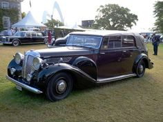 The DE chassis served as the base for the largest and most expensive models by this British manufact... - Photo Wikimedia Commons