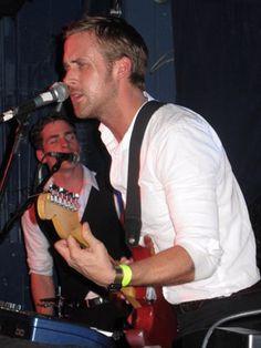 Ryan Gosling is in the band Dead Man's Bones