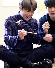 Jimin and Yoongi gif Yoonmin, 1440x2560 Wallpaper, Bts Name, All Bts Members, Taehyung, Namjoon, Army Love, Bts Group, Wattpad