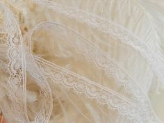 White Lace Trim-Dolls-Sewing-Crazy Quilts-Baby Trim Edging-5yds/2.80