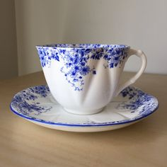 """Shelley """"Dainty Blue"""" Daisy Flower Vintage Teacup and Saucer, Floral Tea Cup and Saucer, English China Collectable by CupandOwl on Etsy"""