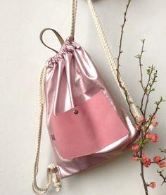 Turnbeutel - *lederbeutel - lachsfarben* - ein Designerstück von sternchen-an bei DaWanda