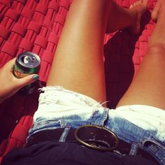 Dip-dye shorts! Nice idea to renew your wardrobe for the summer