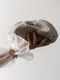 Bottega Veneta Dupe - The Alara Bag from Gina Tricot. High Street Brands, Gina Tricot, Dupes, Bottega Veneta, Design Trends, Palette, Pouch, Style Inspiration, Bags