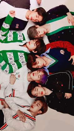Look at our 7 boys sleeping. They are growing up. Foto Bts, Billboard Music Awards, Bts Billboard, Bts J Hope, Bts Taehyung, Bts Bangtan Boy, Bts Group Photos, K Wallpaper, Bts Aesthetic Pictures