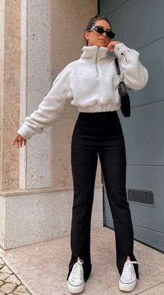 Kpop Fashion Outfits, Winter Fashion Outfits, Fall Outfits, Egirl Fashion, Basic Outfits, Cute Casual Outfits, Girly Outfits, Casual School Outfits, Indie Outfits