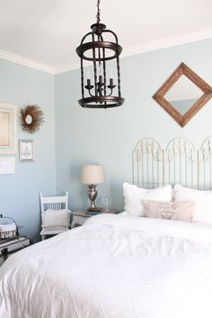 5 Astonishing Useful Ideas: Bedroom Remodel Tile Showers small bedroom remodel before and after.Guest Bedroom Remodel Rugs small bedroom remodel before and after. Shabby Chic Furniture, Shabby Chic Decor, Vintage Decor, Feng Shui, French Country Bedrooms, Favorite Paint Colors, Headboard Designs, Headboard Ideas, My New Room
