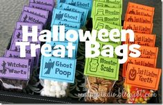 Halloween Treat Bags - Chocolate Chips as Witches Warts.- Mini Marshmallows as Ghost Poop.- Cinnamon Toast Crunch as Monster Scabs.- Candy Corn as Jack o' Lantern Teeth Halloween Treat Bags, Holidays Halloween, Happy Halloween, Halloween Party, Halloween Foods, Spooky Halloween, Halloween Stuff, Halloween Treats For School, Halloween College