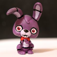 My current project is to make all the Five Nights at Freddy's characters from the first and second games from LPS figures Here's the second one, Bonnie! Bonnie from FNAF LPS custom Fnaf Cakes Birthdays, Totoro, Fnaf Action Figures, Custom Lps, Lps Pets, Little Pet Shop, Fandom, Doll Repaint, Cosplay