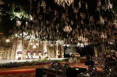 Pernikahan Nuansa Putih dan Gold di Ritz Carlton Pacific Place - Qorina Rifki weddingday_0379