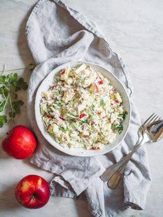 Hvidkålssalat med æble - Nem opskrift på salat med hvidkål