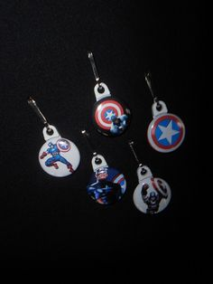 Captain America Zipper pull. Perfect on a by GrandmasBowsonETSY, $7.00