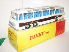 "Dinky No: 952 ""Vega Major Luxury Coach"" (RARE YELLOW BASE)"