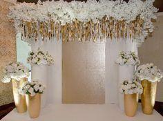 Воздушно цветочная фотозона на свадьбе Диляры и Ильнара ) #свадьба #weddingdecor…