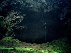 The Cave So Huge It Has Its Own Weather System Cavers Explore A - Er wang dong cave china large weather system