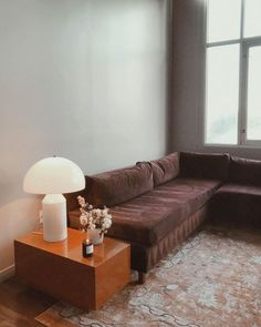white mushroom lamp and plum sectional Inspiration Design, Living Room Inspiration, Interior Inspiration, Living Room Designs, Living Room Decor, Living Spaces, Decor Room, Retro Home Decor, Cheap Home Decor