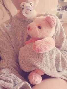 everyday–princess:  Daddy's sweater + stuffy + paci = happy baby girl