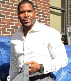 Micheal Strahan what a handsome man! Hot Black Guys, Hot Guys, Gorgeous Men, Beautiful People, Handsome Black Men, Handsome Man, Reggie Bush, Plain White Shirt, What Makes A Man