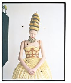 Fashion art - Elza Luijendijk wears Alexander McQueen in 'High Mighty' by Tim Walker for Vogue US, March Foto Fashion, Fashion Week, Fashion Art, High Fashion, Fashion Design, Tim Walker Photography, Alexander Mcqueen, Fashion Fotografie, Magazine Vogue
