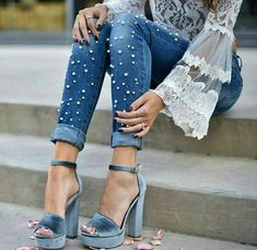 Awesome outfit idea to copy ♥ For more inspiration join our group Amazing Things ♥ You might also like these related products: - Jeans ->. Look Fashion, Girl Fashion, Fashion Outfits, Womens Fashion, Fashion Trends, 90s Fashion, Fashion Today, Dress Fashion, Trendy Fashion