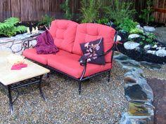 Bordered gravel patio
