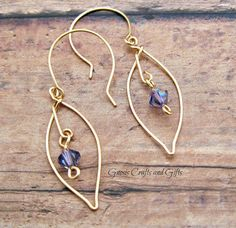 Leaf Earrings, Beaded Earrings, Earrings Handmade, Handmade Jewelry, Gemstone Earrings, Silver Earrings, Beaded Jewelry Designs, Jewelry Trends, Jewelry Ideas