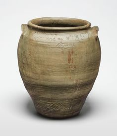 David Drake: Poet, Potter, Slave | Art & Object Pottery Pots, Glazes For Pottery, Glazed Pottery, American Wings, African American Artist, Philadelphia Museum Of Art, Pottery Making, Jar Storage, Vintage Pottery