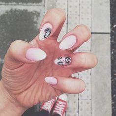 Leaf nails art summer