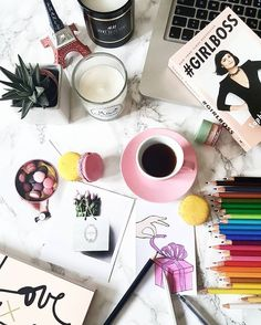 "F L A T L A Y __ T I P S auf Instagram: ""[[Desk situation]] > @ivanias_mode"""