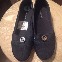 Denim flats Denim flats. Size 6. Never been worn Shoes Flats & Loafers