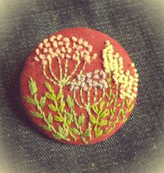 linen with embroidery brooch брошь.вышивка на льне