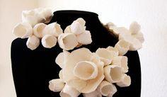 Eco wedding design : Eco gioielli: la collana che si modella. Eco jewelry Gioielli di carta di Alessandra Fabre Repetto.