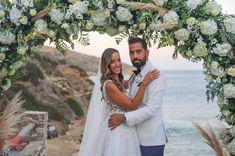 Υπέροχος γάμος δίπλα στη θάλασσα. Photo by Studio Tselios Studio, Couple Photos, Couples, Wedding Dresses, Fashion, Couple Shots, Bride Dresses, Moda, Bridal Gowns