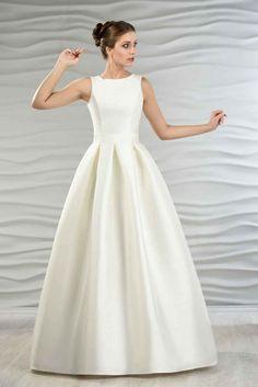 Satin Brautkleid mit Kellerfalten