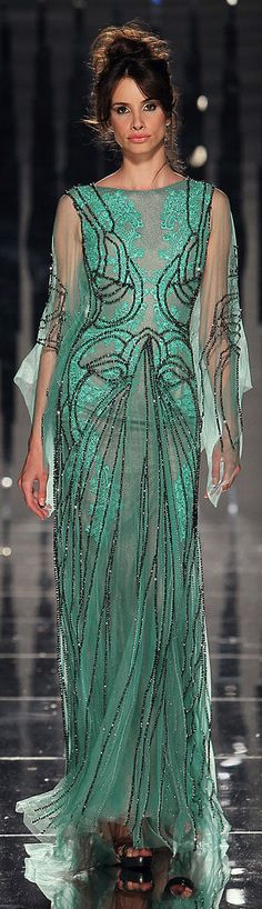 ✜ Abed Mahfouz - Couture - Fall-Winter 2011-2012 ✜ http://en.flip-zone.com/fashion/couture-1/independant-designers-41/abed-mahfouz-2330