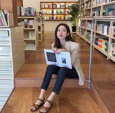 Korean fashion has been trending for many years, and it's for good reasons. With Korean's approach to outfits, accessories, and shoes, it is no doubt how many people search for Korean fashion trends for great looks. Korean Fashion Summer, Korean Fashion Trends, Korea Fashion, Boy Fashion, Trendy Fashion, Fashion Outfits, Womens Fashion, Fashion Tips, Fashion Design