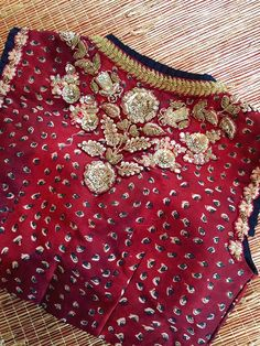 All Ethnic Customization with Hand Embroidery & beautiful Zardosi Art by Expert & Experienced Artist That reflect in Blouse , Lehenga & Sarees Designer creativity that will sunshine You & your Party Worldwide Delivery. Saree Blouse Neck Designs, Saree Blouse Patterns, Designer Blouse Patterns, Bridal Blouse Designs, Kurta Designs, Embroidery Suits, Embroidery Fashion, Hand Embroidery Designs, Zardosi Embroidery