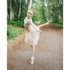 Thanks @twyhamelin for sharing your #dancewearsolutions style with us on Instagram!