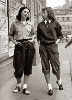 london girls wearing pedal pushers, ca. late 1950s