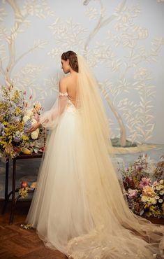 The Fantasy top and the Everlasting skirt / Nora Sarman Bridal