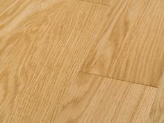 Oak Natural, Select and Better, lacquer semigloss. Classic Oak Flooring Collection.