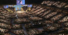 Joel Osteen's Houston Megachurch To House Displaced When 'Shelters Reach Capacity' | HuffPost