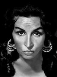 Tita Merello, Argentine actress and Tango Singer. Every Argentine much older that I know has loved this woman! Cult Of Personality, Half The Sky, Tango Dance, Famous Photos, Argentine Tango, Archetypes, Boho Gypsy, Beautiful Celebrities, Clint Eastwood